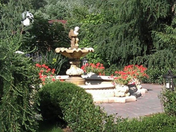 Регулярный сад, частное владение 30 соток, Горки-10